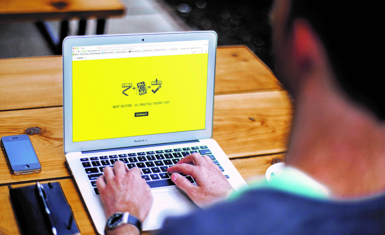 e-learning - IPAF Bedienen von Hubarbeitsbühnen